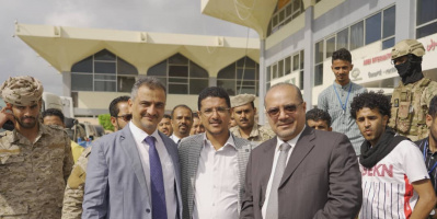 وزير التخطيط والتعاون الدولي يشارك في تدشين استئناف النشاط الملاحي بمطار عدن