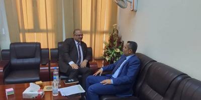 وزير التخطيط يلتقي وكيل محافظة عدن لقطاع المشاريع