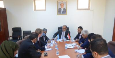 وزير التخطيط يبحث مع ممثل الأوتشا في اليمن سُبل التعاون والتنسيق بين الجانبين