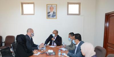 وزير التخطيط يبحث مع الأوتشا مقترحات تنفيذ الخطة الإنسانية
