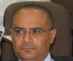 وزير التخطيط يتبادل برقيات التهاني بمناسبة حلول شهر رمضان المبارك