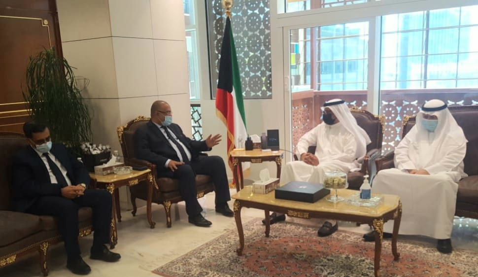 وزير التخطيط يبحث مع وزير المالية الكويتي التعاون الاقتصادي والمالي